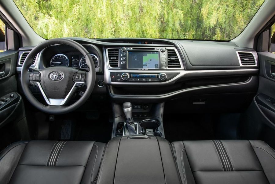 Toyota και Amazon επενδύουν στο Automotive Grade Linux (AGL)